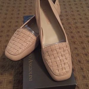 New! Enzo Angiolini loafers, size 9